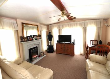 2 bed mobile/park home for sale in Beach Road, St. Osyth, Clacton-On-Sea CO16