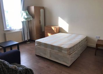 Thumbnail 4 bed flat to rent in Anson Road, London