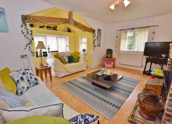 Thumbnail 4 bed bungalow to rent in Sandyhurst Lane, Ashford, Kent