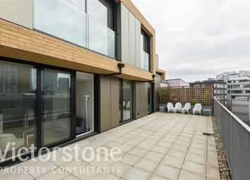 Thumbnail 3 bed flat to rent in Plumbers Row, Aldgate, London