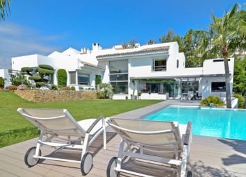 Thumbnail 4 bed villa for sale in Los Naranjos, Nueva Andalucia, Malaga, Spain