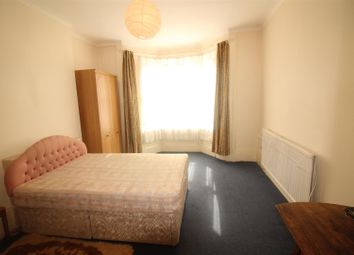 Thumbnail 2 bedroom flat to rent in Connaught Road, London