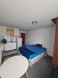 Thumbnail Studio to rent in Lemsford Close, Grovelands Road, London