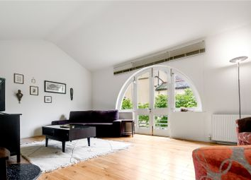 1 bed terraced house to rent in Hawksmoor Mews, London E1