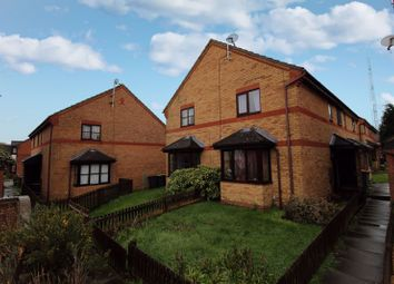 2 bed property for sale in Columbine Close, Bedford MK41