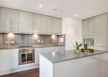 2 bed flat to rent in Sirocco Tower, Harbour Way, Canary Wharf E14