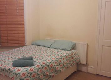 Thumbnail Room to rent in Totterdown Street, London