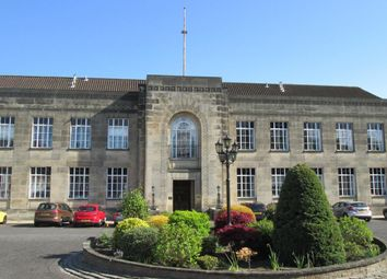 Thumbnail 1 bed flat to rent in Braehead House, Victoria Road, Kirkcaldy