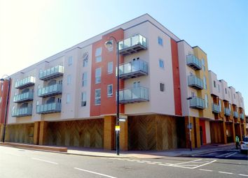 Thumbnail 1 bed flat to rent in Fairfield Road, West Drayton, Greater London