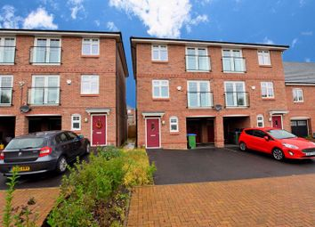 4 bed town house for sale in Evered Close, Smethwick B66