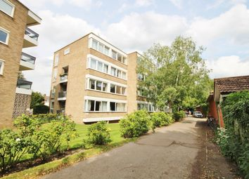 Thumbnail 3 bed flat to rent in Pentlands Court, Cambridge