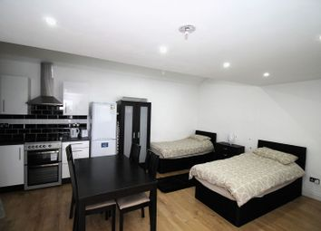 Thumbnail 1 bedroom flat to rent in New Park Avenue, London