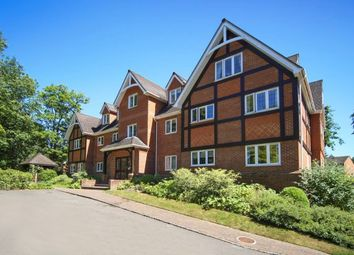 Thumbnail 2 bed flat to rent in St. Georges Avenue, Weybridge