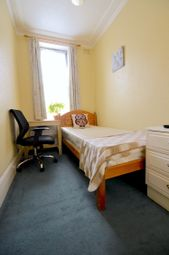 Thumbnail Room to rent in Palmerston Rd, Palmers Green