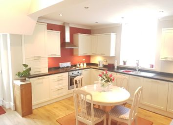Thumbnail 3 bedroom town house for sale in Swansea Road, Llangyfelach