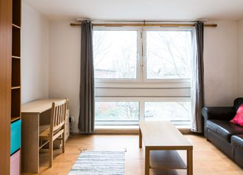 Thumbnail Room to rent in In A Flat Share, Shepherd's Bush