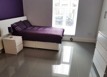 Thumbnail 5 bed terraced house to rent in Arnold Street, Birkby, Huddersfield