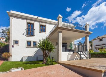 Thumbnail 4 bed villa for sale in La Resina Golf, Estepona, Málaga, Andalusia, Spain