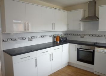 Thumbnail 2 bed flat to rent in Middle Park Way, Havant