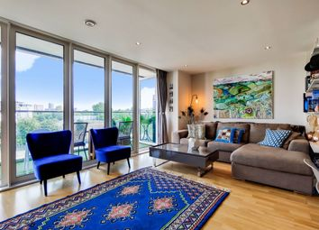 Seager Place, London SE8. 3 bed flat