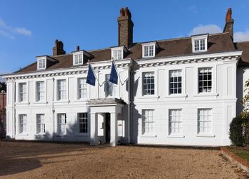 Thumbnail Office to let in Terriers House, Amersham Road, High Wycombe, Buckinghamshire
