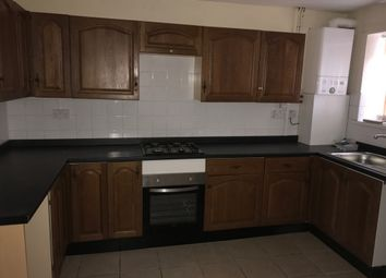 Thumbnail 2 bed flat to rent in Oxford Street, Cross Street