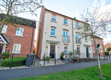 4 bed town house for sale in Renfrew Drive, Greylees, Sleaford NG34