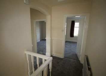 Thumbnail 3 bed flat to rent in Bensham Grove, Thornton Heath