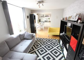 2 bed maisonette for sale in Holmesdale Road, London SE25