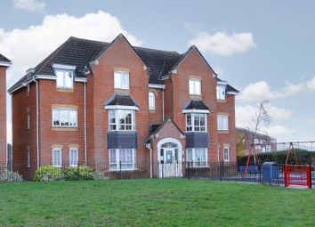 Thumbnail 2 bed flat to rent in Kings Chase, Andover, Hampshire