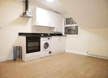 Thumbnail 1 bed flat to rent in West Green Road, Harringey