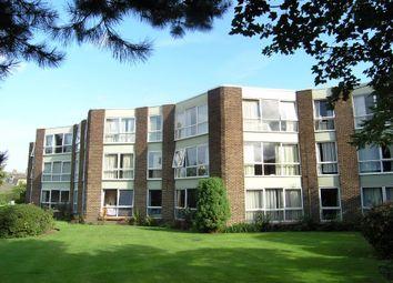 2 bed flat to rent in Parkside Court, Weybridge, Surrey KT13