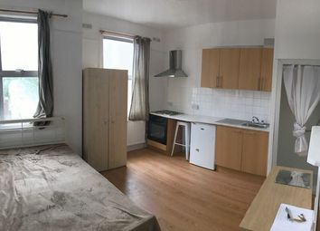 Thumbnail 1 bed flat to rent in Lingfield Ave Studio, Kingston
