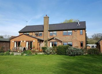 Thumbnail 5 bed detached house to rent in Cholesbury, Tring