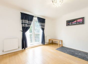 Thumbnail 3 bed maisonette to rent in Geffrye Court, Hoxton