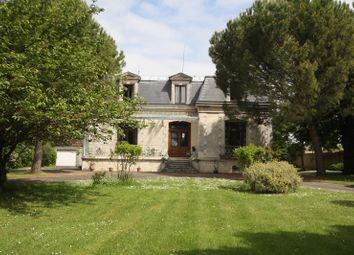 Thumbnail 5 bed town house for sale in Jarnac, Charente, France