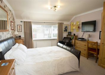 Thumbnail 4 bedroom terraced house for sale in Keble Park South, Bishopthorpe, York