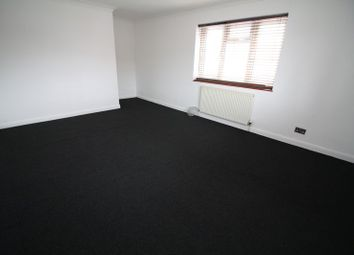 Thumbnail 4 bed flat to rent in Hammer Lane, Hemel Hempstead Industrial Estate, Hemel Hempstead
