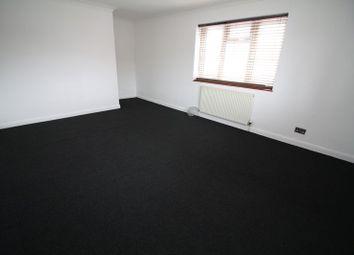 Thumbnail 4 bed flat to rent in Hammer Lane, Hemel Hempstead Industrial Estate, Hemel Hempstead