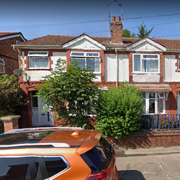 Thumbnail 4 bed terraced house to rent in Merwood Grove, Victoria Park