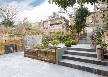 Thumbnail 2 bedroom flat to rent in Ground Floor Flat, Parliament Hill, Hampstead, London