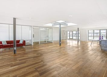 Office to let in The Old Trading House, 15 Northburgh Street, London EC1V
