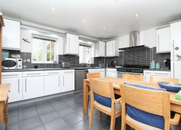 Thumbnail 4 bed detached house for sale in Hulme Close, Clapham
