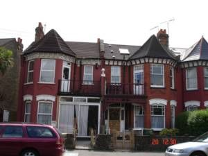 Thumbnail 4 bed semi-detached house to rent in Mulgrave Road, Dollishill