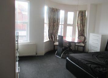 Thumbnail 2 bed flat to rent in Upton Lane, London