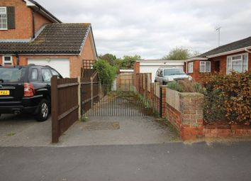 Thumbnail Detached bungalow for sale in Berkshire Drive, Tilehurst, Reading