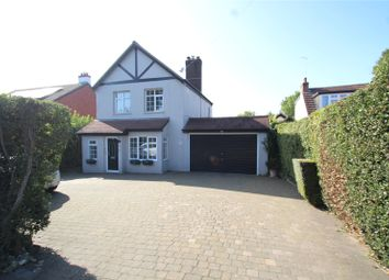 Farleigh Road, Warlingham, Surrey CR6. 3 bed detached house