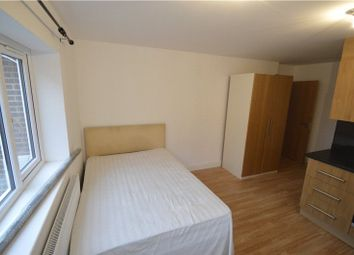 Thumbnail Studio to rent in Rutland Road, Maidenhead, Berkshire