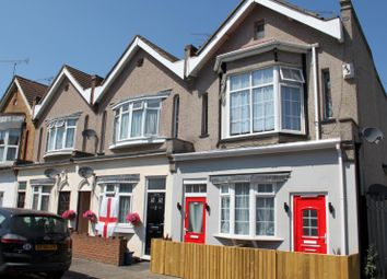 Thumbnail Studio to rent in Westborough Road, Westcliff-On-Sea