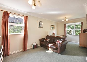 Thumbnail 2 bedroom flat for sale in Acton Lane, Chiswick, London